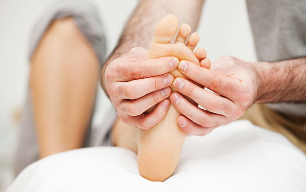 What are the benefits of a foot massager